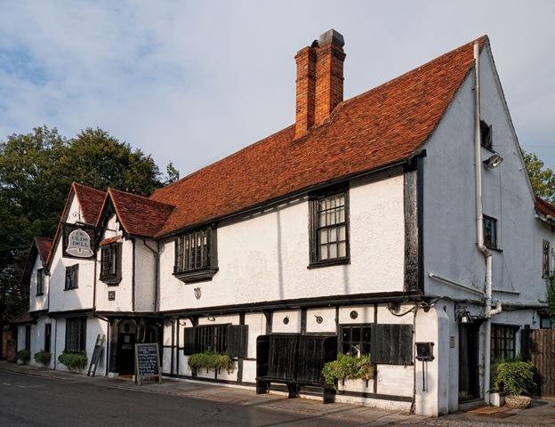 The Olde Bell inHurley